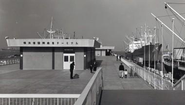 旧 横浜港大桟橋上屋