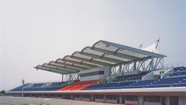 半田運動公園陸上競技場メインスタンド
