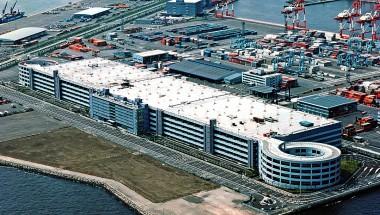 横浜港流通センター